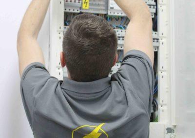 instalacion-electrica-centro-estetica-electrocano